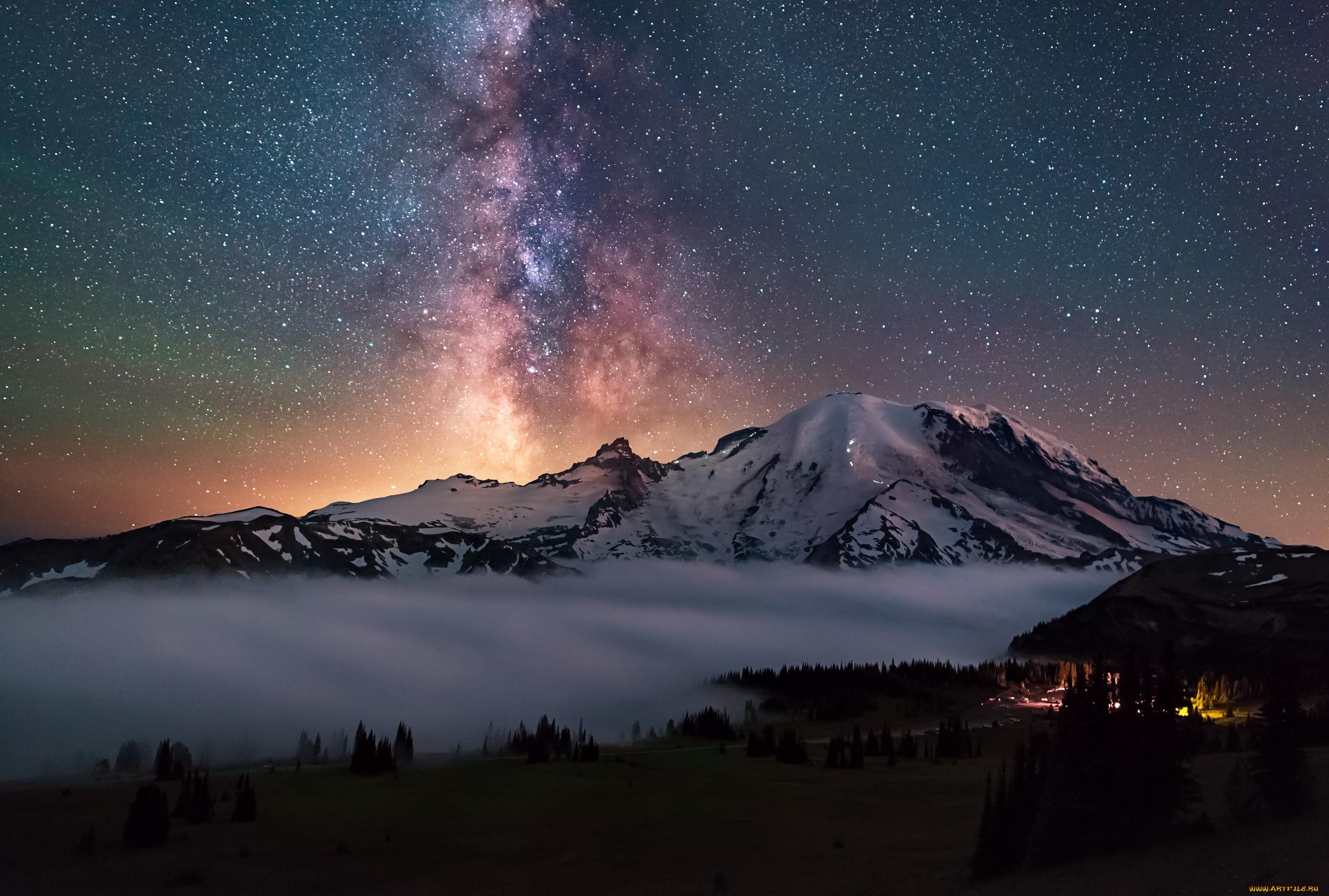 картинка с ночными горами